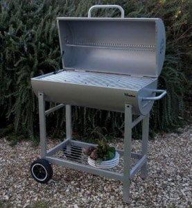 sceglierei l barbecue a legna